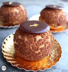 31 ideas for cupcakes recipes fancy Choux Pastry, Pastry Cake, Healthy Cupcake Recipes, Dessert Recipes, Eclairs, Profiteroles, Fun Cupcakes, Cupcake Cakes, Cross Cakes