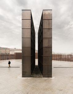 Gallery of Bologna Shoah Memorial / SET - 3