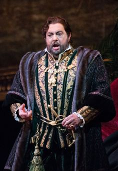 Review: 'Ernani,' With Plácido Domingo, a Tussle to Hold on to a Love - NYTimes.com