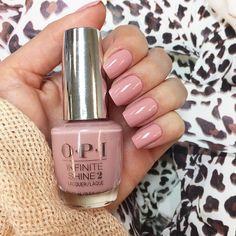 Nails done! By @lucinhabarteli  #nails ------ Unhas feitas! Apaixoneiiii nesta cor (You Can Count On It by OPI) a fica perfeita no pé tb! Gostam?