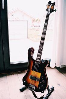 Jolana D-Bass E-Bass 4 Saiter in Nordrhein-Westfalen - Königswinter | Musikinstrumente und Zubehör gebraucht kaufen | eBay Kleinanzeigen
