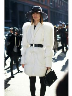 Showgoer ~ love this coat