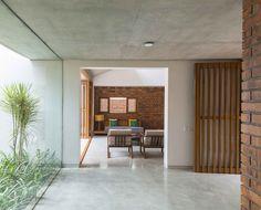 Gallery of Brick House / Architecture Paradigm - 14