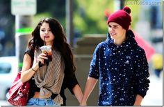 ¡Volvieron! Justin Bieber y Selena Gomez están juntos de nuevo - http://www.leanoticias.com/2012/11/20/volvieron-justin-bieber-y-selena-gomez-estan-juntos-de-nuevo/
