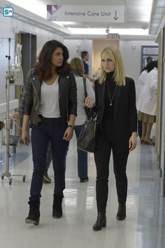 I love the leather jacket and tee combo but I already have this in my closet. What I really love is the blazer that Shelby is wearing. It has the right amount of elegance and edge that I like.