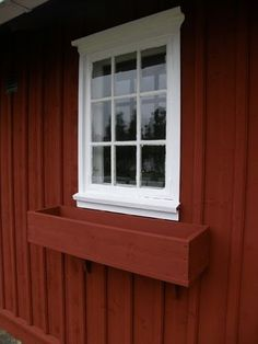 L a n t l i f: Blomlådor Swedish Cottage, Red Cottage, Cozy Cottage, Cottage Style, Sweden House, Red Houses, A Frame House, Scandinavian Home, Classic House