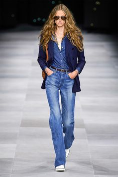 Celine ready to wear Spring Summer 2020 Fashion Show Vogue Paris Trend Fashion, 2020 Fashion Trends, Fashion 2020, Look Fashion, Runway Fashion, Paris Fashion, Fashion Moda, Vogue Fashion, Fashion Weeks
