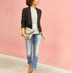 The top, the jeans, the blazer. Yes, please!