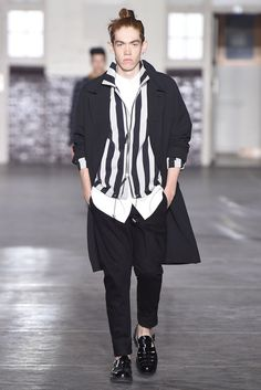 Ami Men's RTW Spring 2015 - Slideshow