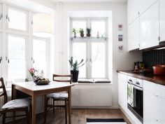 Small apartment living