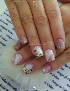 Nail Art Ideas To Dress Up Any Occasion – Your Beautiful Nails Glitter Nail Polish, Glitter Paint, Taupe Nails, Subtle Nails, Nail Pops, Gel Nail Designs, Nails Design, Accent Nails, Gel Manicure