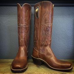 Custom Cowboy boot. Horween Nut brown Uppers and vamps, Elkhorn stitching, regular forties square toe, and underslung heel. #beckcowboyboots #beckboots #customboots #boots #cowboyboots #handmadecowboyboots #madeintexas