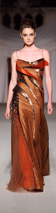 Abed Mahfouz - Haute Couture Fall Winter - Shows - Vogue. Elie Saab, Abed Mahfouz, Beautiful Gowns, Beautiful Outfits, Gorgeous Dress, High Fashion Dresses, Glamour, Zuhair Murad, Bunt