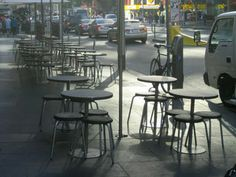 cafechairs: U. SOLD all weather outdoor cafe round mini stools Courtyard Cafe, Outdoor Cafe, Round Chair, Cafe Bar, Ufo, Bar Stools, Chairs, Weather, Mini