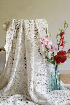 Witte gehaakte sprei. Vintage handgemaakte deken/p - Soekis