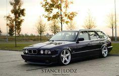 BMW E34 5 series Touring black