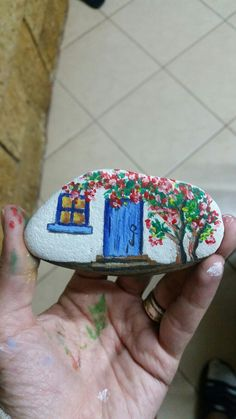 Rock Painting Patterns, Rock Painting Ideas Easy, Rock Painting Designs, Stone Art Painting, Pebble Painting, Pebble Art, Painted Rocks Craft, Hand Painted Rocks, Stone Crafts