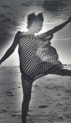 beaches, marilyn monroe, polka dot, andr de, long island, at the beach, norma jean, de dien, marilynmonro