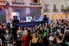 Así se vivió La Noche en Blanco de Almería a pié de calle... Dentro de poco todas las fotos en www.almeriatrending.com  #almeriatrending #almería #almeria_trending #almeria #nocheenblanco #lanocheenblanco #orgulloalmeriense #yosoyalmeria #soydealmeria #mediterraneamente