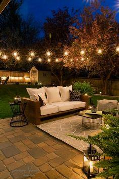 Backyard Seating, Backyard Patio Designs, Diy Patio, Table Seating, Backyard Barn, Oasis Backyard, Rustic Patio, Cozy Backyard, Dining Table