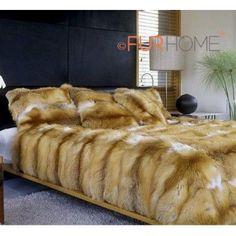 Faux Fur Bedding, Fur Blanket, Blanket Stitch, Cooling Blanket, Fur Accessories, Sheepskin Rug, Fur Throw, Comfy Bed, Soft Blankets