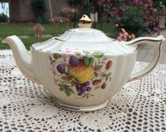 Sadler Teapot - Fruit Medley