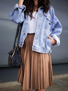 Oversize denim jacket and pleated skirt