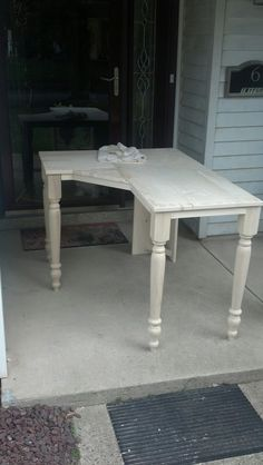 A custom build computer desk. This is made from solid wood, we do not use mdf or any vomposites here, we belive things should be built to last. The desk was left in its natural color.