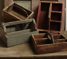 Teds Woodworking - Vintage Wood Tool Caddy - WoodWorking Projects Plans - Projects You Can Start Building Today Old Tool Boxes, Wooden Tool Boxes, Old Boxes, Wooden Crates, Wooden Tool Caddy, Wood Tool Box, Wooden Doors, Diy Woodworking, Woodworking Projects Plans