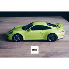Nother of the hilighter 991. Dirtynailsbloodyknuckles.com  Link in profile  #porsche #911 #porsche911 #porscheart #991 #gt3 #911gt3 #gt3rs #991gt3 #911gt3rs #rs #gt3 #porschegt3 #991911 #automotiveart  #carart #autoart #118 #model #scalecar #scalemodel #minichamps #kyosho #lichtgrun