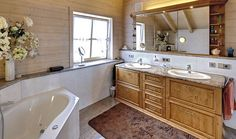 adelaparvu.com despre casa din lemn in stil bavarez, design Sonnleitner (11) Bavaria, Corner Bathtub, Double Vanity, Interior, Modern, Design, Trendy Tree, Indoor