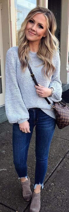 #winter #outfits heather-gray sweater and whiskered blue jeans. Pic by @thestyledduo.