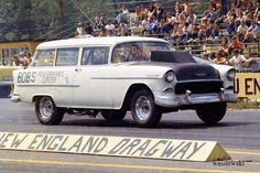 History - Drag cars in motion. Dragon Wagon, Drag Racing, Auto Racing, Chevy Muscle Cars, 1955 Chevrolet, Vintage Race Car, Drag Cars, Station Wagon, Car Ins