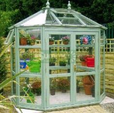 cool 65 Incredible DIY Mini Greenhouse Ideas https://wartaku.net/2017/07/14/65-incredible-diy-mini-greenhouse-ideas/ #conservatorygreenhouse