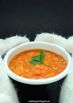 Smak Hiszpanii: Zupa z czerwonej soczewicy z pomidorami, papryką i ziemniakami Tofu, Food And Drink, Cooking Recipes, Health, Ethnic Recipes, Health Care, Chef Recipes, Salud
