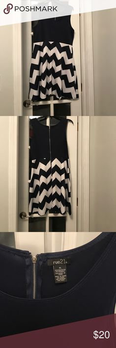 NWOT Rue21 Navy Chevron Dress Cute Navy Chevron Dress. Size XL Rue 21 Dresses