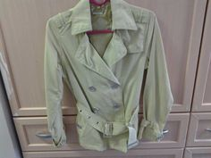 barely eorn - stylish size S but fits size 8