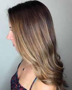 These 15 Examples of Lowlights for Brown Hair Will Totally Inspire You Mousy Brown Hair, Grey Brown Hair, Brown Hair With Lowlights, Light Hair, Dark Hair, Dark To Light Ombre, Balayage Straight Hair, Low Maintenance Hair, Bronde Hair