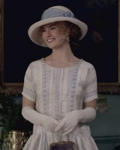 Rose and the Dowager Countess have tea at Isobel's shortly after Rose's arrival in the villiage. #DowntonAbbey