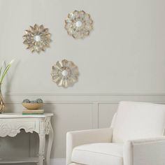 Product Image for Metal Flower Wall Art in Ivory/Gold (Set of 3) 1 out of 2