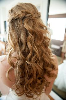 This is exactly how I want my hair for my wedding @ Sarah Sunshine