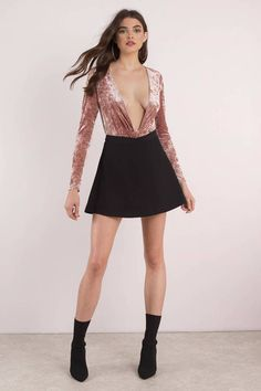 Ready to take the plunge? The Blush Knot Yours Velvet Bodysuit has a v neckline that goes down all the way to the knot detail at the waist. In crushed velvet, this long sleeve party bodysuit is an on-trend pick for nights out this fall. SEE DETAILS Trendy Dresses, Cute Dresses, Fashion Dresses, Formal Dresses, Formal Suits, Party Dresses, Sexy Outfits, Skirt Outfits, Jolie Lingerie