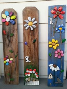 20 Cool DIY Ideas To Spice Up Garden with Pebbles Art Looking aweso. - 20 Cool DIY Ideas To Spice Up Garden with Pebbles Art Looking awesome DIY pebble art i - Stone Crafts, Rock Crafts, Arts And Crafts, Garden Crafts, Garden Projects, Diy Projects, Garden Ideas, Yard Art Crafts, Rock Flowers
