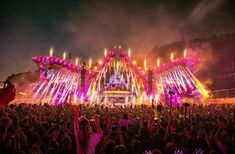 THROWBACK | Electric Love - Music Festival Electric Love Festival, Love Music Festival, Festival Looks, Festivals, Drive In Movie Theater, Raves, Stage Design, Electronic Music, Edm