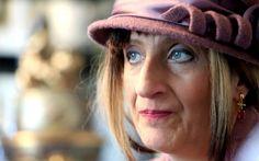 Isidora Bjelica zbog pretnji napustila Srbiju : Superstar - Poznata srpska književnica koja se poslednje četiri godine bori sa rakom, zbog pretnji smrću, njoj i njenom detetu, bila je prinuđena da napusti Srb