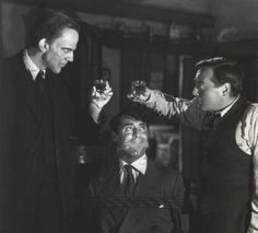 Arsenic and Old Lace (1944) - Cary Grant, Raymond Massey, Priscilla Lane, Peter Lorre . . .