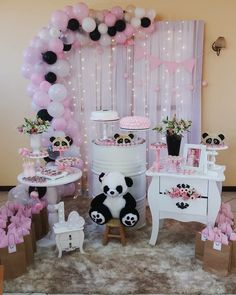 44 Ideas baby shower ides decoracion panda for 2020 Panda Birthday Party, Panda Party, Baby Birthday, Birthday Parties, Panda Decorations, Balloon Decorations, Birthday Party Decorations, Baby Shower Parties, Baby Shower Themes
