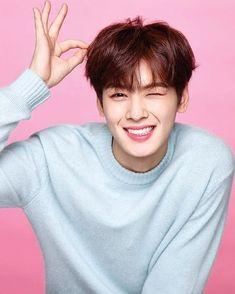 Cha Eunwoo/Dongmin You're my heart shaker shaker~~~~ Korean Star, Korean Men, Park Jin Woo, Cha Eunwoo Astro, Astro Wallpaper, Lee Dong Min, Handsome Korean Actors, Park Hyung Sik, Kdrama Actors