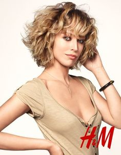 chin length hair pictures | Hair, Short Hair, and More - Raquel Zimmermann with Chin-length Hair ...