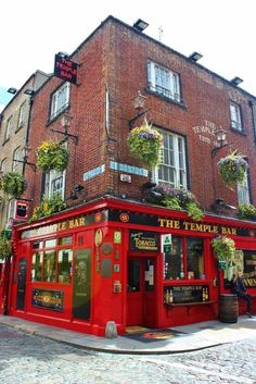 Dublin, Ireland self-guided walking tour: Temple Bar